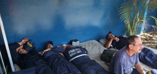 Bomberos jubilados de Maracaibo suman 36 horas en huelga de hambre | Foto: Versión Final