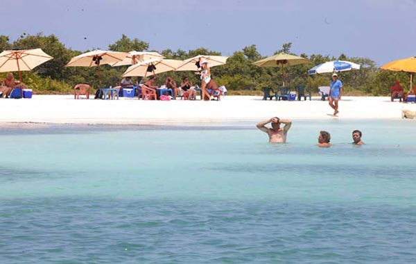 Turismo en Playa Los Roques |Foto cortesía