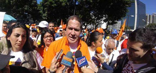 Diputado Luis Florido estuvo presente en la manifestación |Foto Twitter