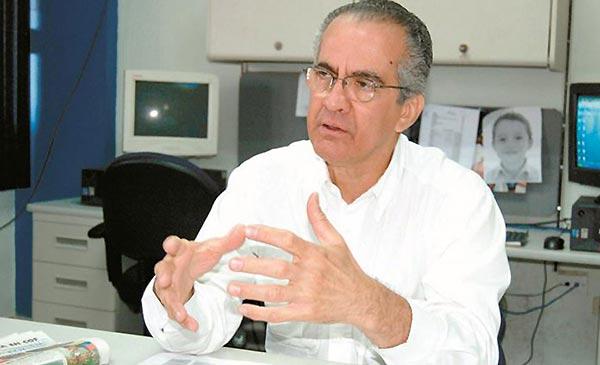 Profesor de la UC, Santiago Guevara | Foto: El Carabobeño