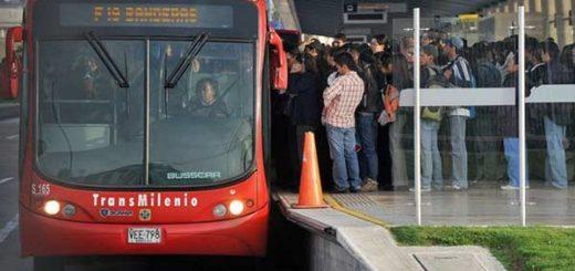 Más de 2 millones de personas usan cada día el Transmilenio en Bogotá |Foto: Getty Images