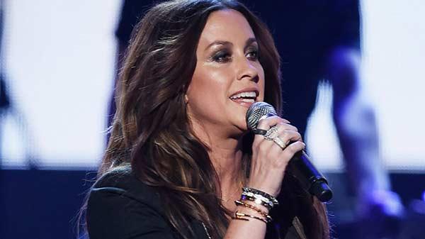 Roban dos millones de dólares en joyas en casa de la cantante Alanis Morissette   Foto: AFP