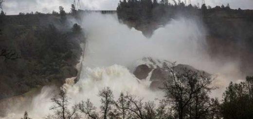 200.000 evacuados ante el peligro de derrumbe de una represa en California | Foto: Reuters
