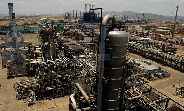 Complejo Petroquímico José Antonio Anzoátegui / Pdvsa |Foto: Aaron Sosa / Orinoquiaphoto