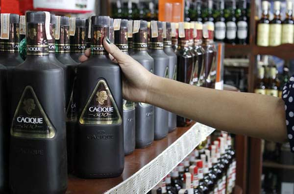 Aumenta el precio del licor |Foto referencial