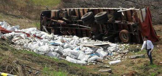 Se volcó camión que transportaba billetes Venezuela | Foto: ABC Color