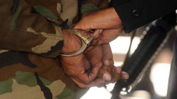 Detienen a sargento