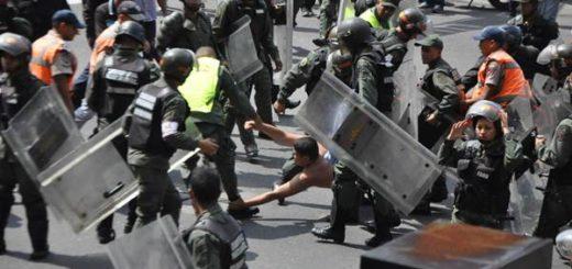 Al menos 16 heridos en marcha del sector universitario hasta la sede de la Vicepresidencia | Foto: El Nacional