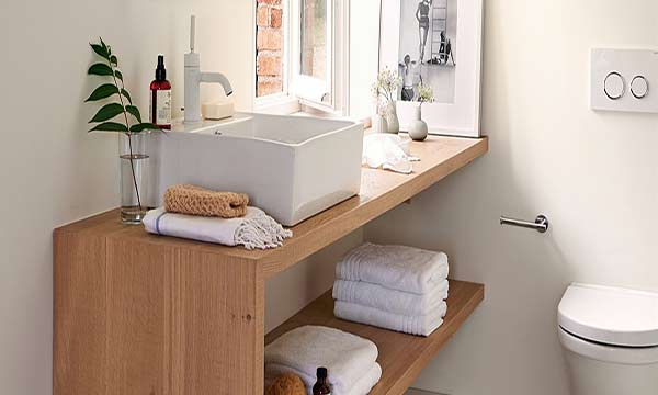 9 ideas para decorar y organizar tu ba o si es peque o for Ideas para decorar muebles de bano