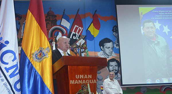 Talavera Siles, presidente del CNU y el embajador de Venzuela en Nicaragua, Javier Arrué | CNU