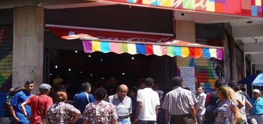 Colectivos toman posesión de las panaderías expropiadas |Foto: El Nacional