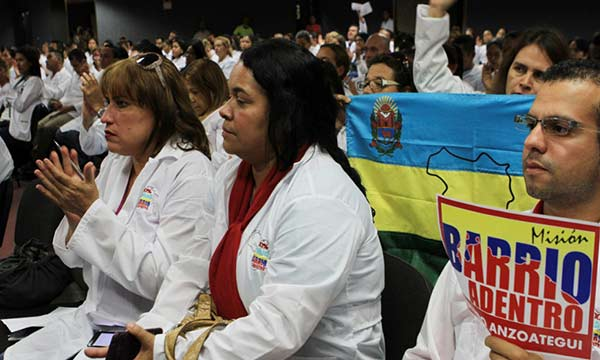 Médicos integrales venezolanos reciben críticas en Chile |Foto: Minci