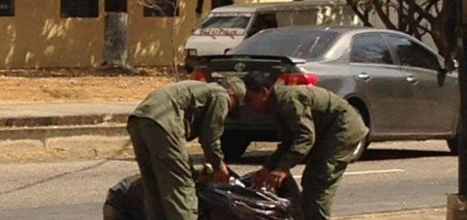 Militares-basura-comida