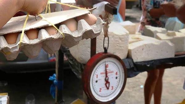Precio del queso y el cartón de huevos supera los Bs 20 mil | Foto referencial