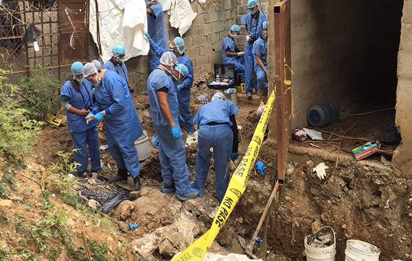 En zona de la caballeriza de la PGV, expertos hallaron restos humanos  Foto: Madelein Garcia