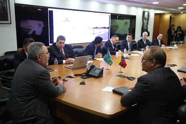 Venezuela y Aruba revisaron acuerdos energéticos de cooperación    Foto: @NMartinezVe