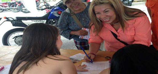 Alcaldesa del municipio Panamericano del estado Táchira, Mery Carmona | Foto: Twitter