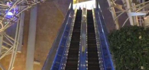 Escalera eléctrica se sale de control en Hong Kong | Foto referencial