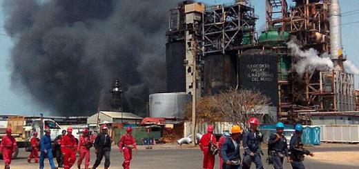 Incendio en la refinería de Amuay | Foto: Twitter