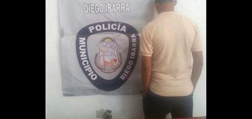 Liceísta detenido por portar una granada en su morral   Foto: Notitarde