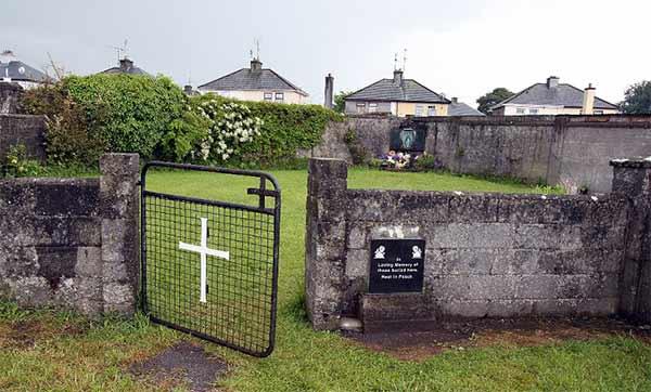 Hallan restos de bebés en centro católico de madres solteras de Irlanda  Foto: AFP