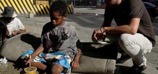 Niños en situación de calle | Foto: Reuters /Marco Bello