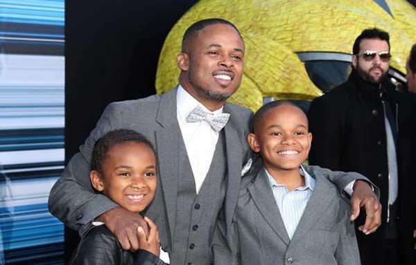 Walter Jones (Ranger Negro) llegó acompañado de sus dos pequeños hijos | Foto: Agencias