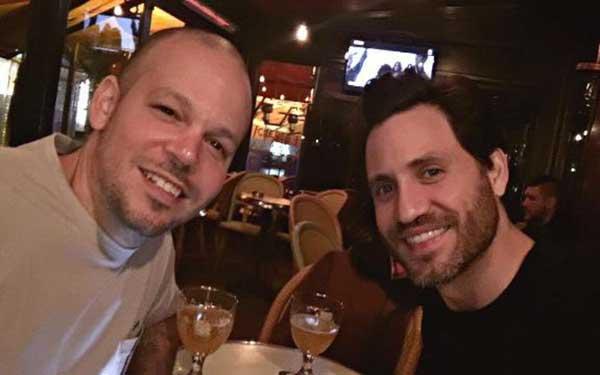 Residente (Calle13) y Edgar Ramírez en París | Crédito: Instagram