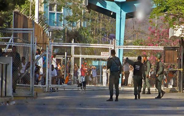 Al menos 14 presos muertos dejó un motín en en la cárcel de Puente Ayala   Foto: Efecto Cocuyo
