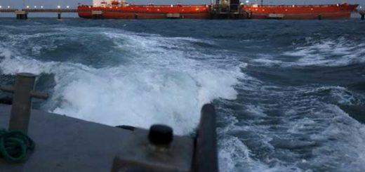Flotilla de embarques de combustible se alista para descargar en Venezuela | Foto: Reuters