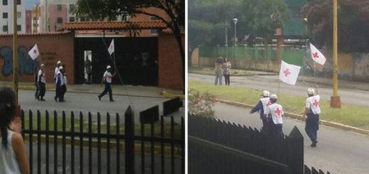 Integrantes de la Cruz Roja tuvieron que izar banderas para atender a heridos en Mérida | Composición