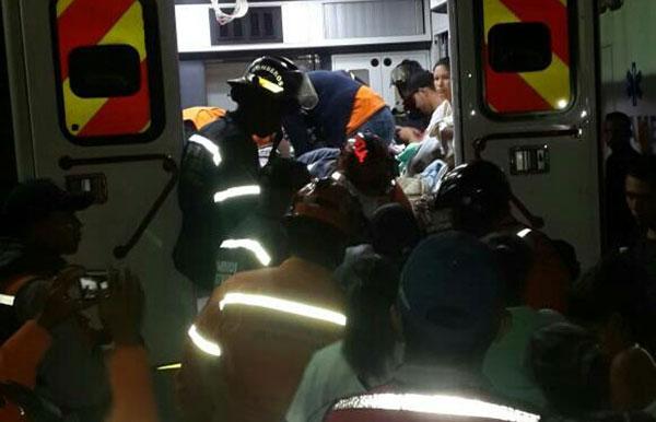 Más de 50 recién nacidos fueron evacuados del hospital Materno Infantil en Caracas | Foto: @DarvinsonRojas