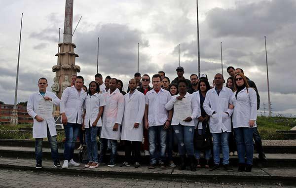 Médicos cubanos que desertaron de Venezuela |Foto: EFE