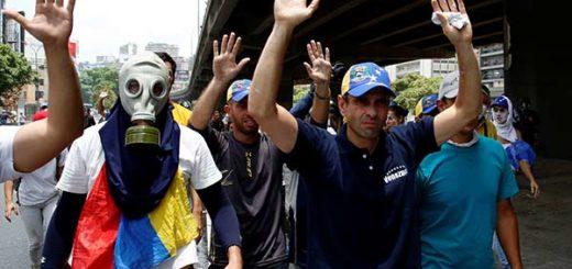 Henrique Capirles durante manifestación del #19A |Foto: REUTERS