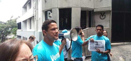 Vente Venezuela protestó contra la censura en Venevisión y Globovisión |Foto: Twitter