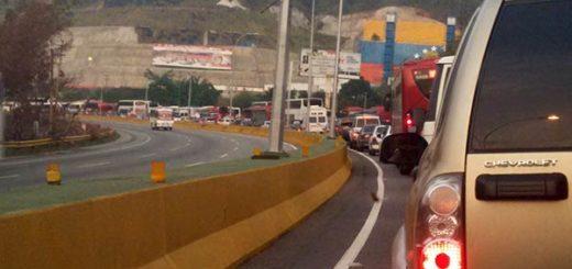 Acceso a Caracas