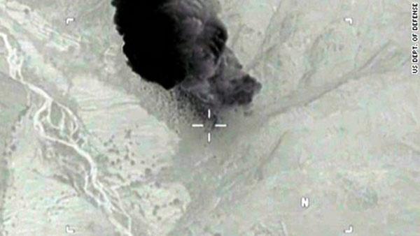 Bomba lanzada en Afganistán por los EEUU | Foto: Captura