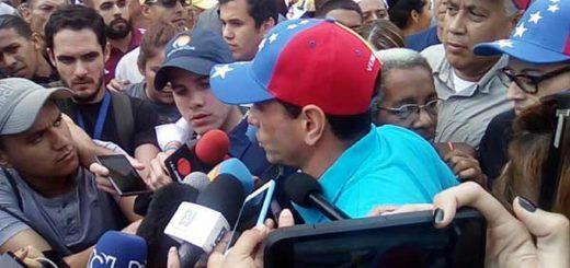 Henrique Capriles informa que la marcha avanzará hasta la Defensoría |  Foto: Twitter