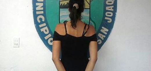 Madre detenida | Foto: Policía