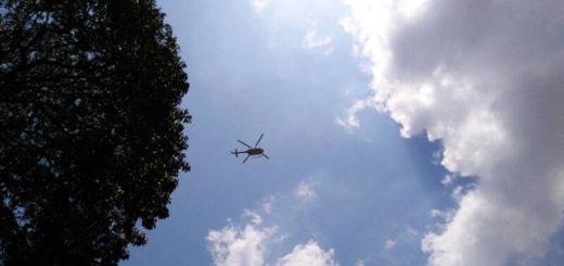 Helicóptero sobrevuela marcha opositora | Foto: Efecto Cocuyo