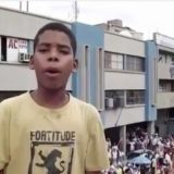 Niño canta sobre la crisis en Venezuela  Foto: Captura de video