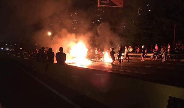 Protesta en Petare este 20A | Foto: Twitter
