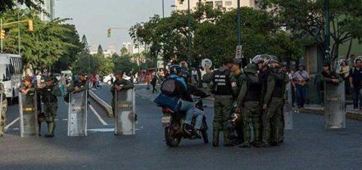 GNB restringe accesos a Plaza Venezuela | Foto: Twitter