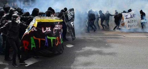 Fuertes disturbios en París dejan al menos dos policías heridos  | Créditos: AFP