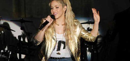 Shakira arrasó con el número 1 de ventas a tan solo media hora de lanzar su nuevo disco | Foto: ALEXANDER TAMARGO / GETTY IMAGES