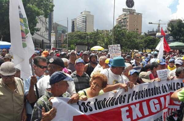 Marcha de los abuelos | Foto: Eduardo Ríos