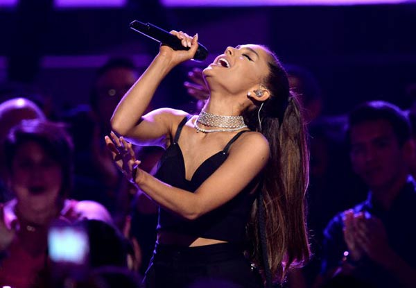 Ariana Grande cantará en honor a las víctimas del atentado  Foto: Getty Images