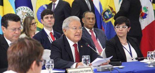 El presidente del Salvador, Salvador Sánchez Cerén | Foto: @sanchezceren