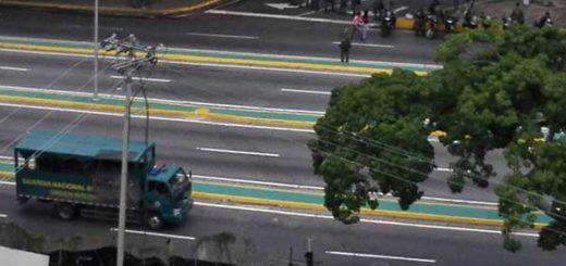 Casa Militar tomó sede del TSJ en Caracas este #10May | Foto: @amandaagelvis