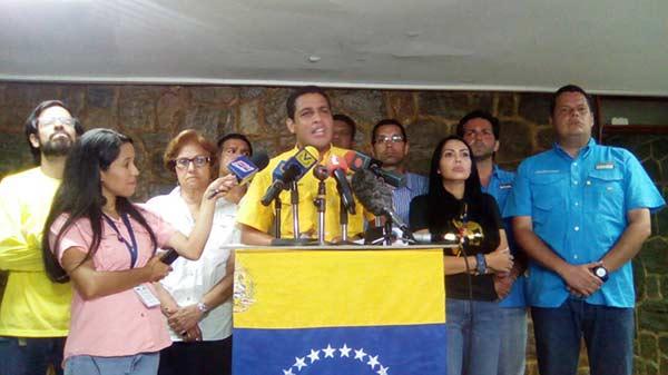 José Manuel Olivares, diputado de la Asamblea Nacional (AN)   Foto: Twitter